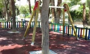 Santa María de Gracia cuenta con una nueva zona de juegos infantiles